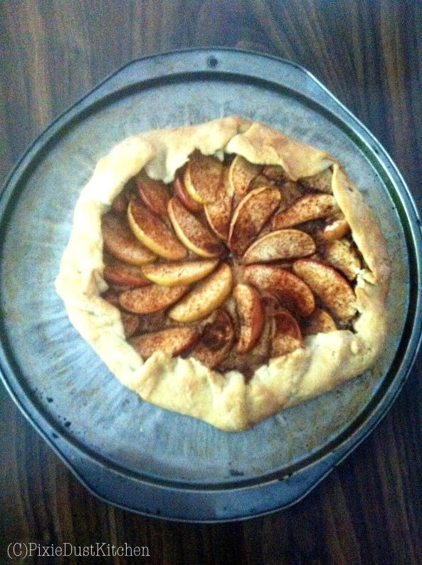 Apple Biscoff Rustic Pie. Biscoff Spread (cookie butter) on a pie crust with apples and cinnamon. Simple and delicious!